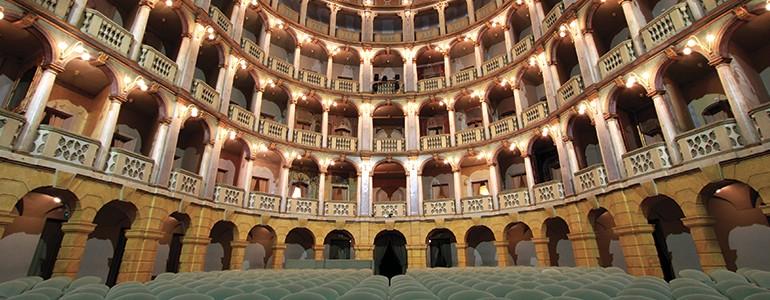 Ecco la nuova stagione del Teatro Fraschini di Pavia